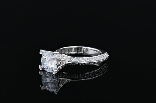 Sculpted Split Shank Pave' Ring