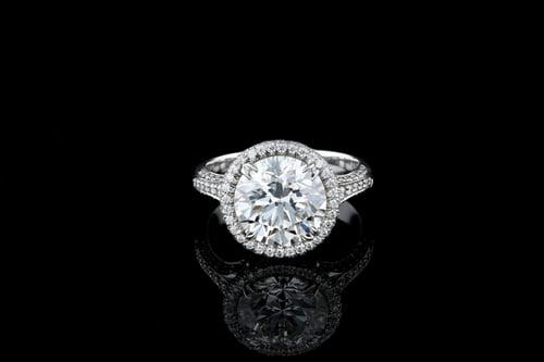 Round Halo, Fleur de Lis Pave' Ring