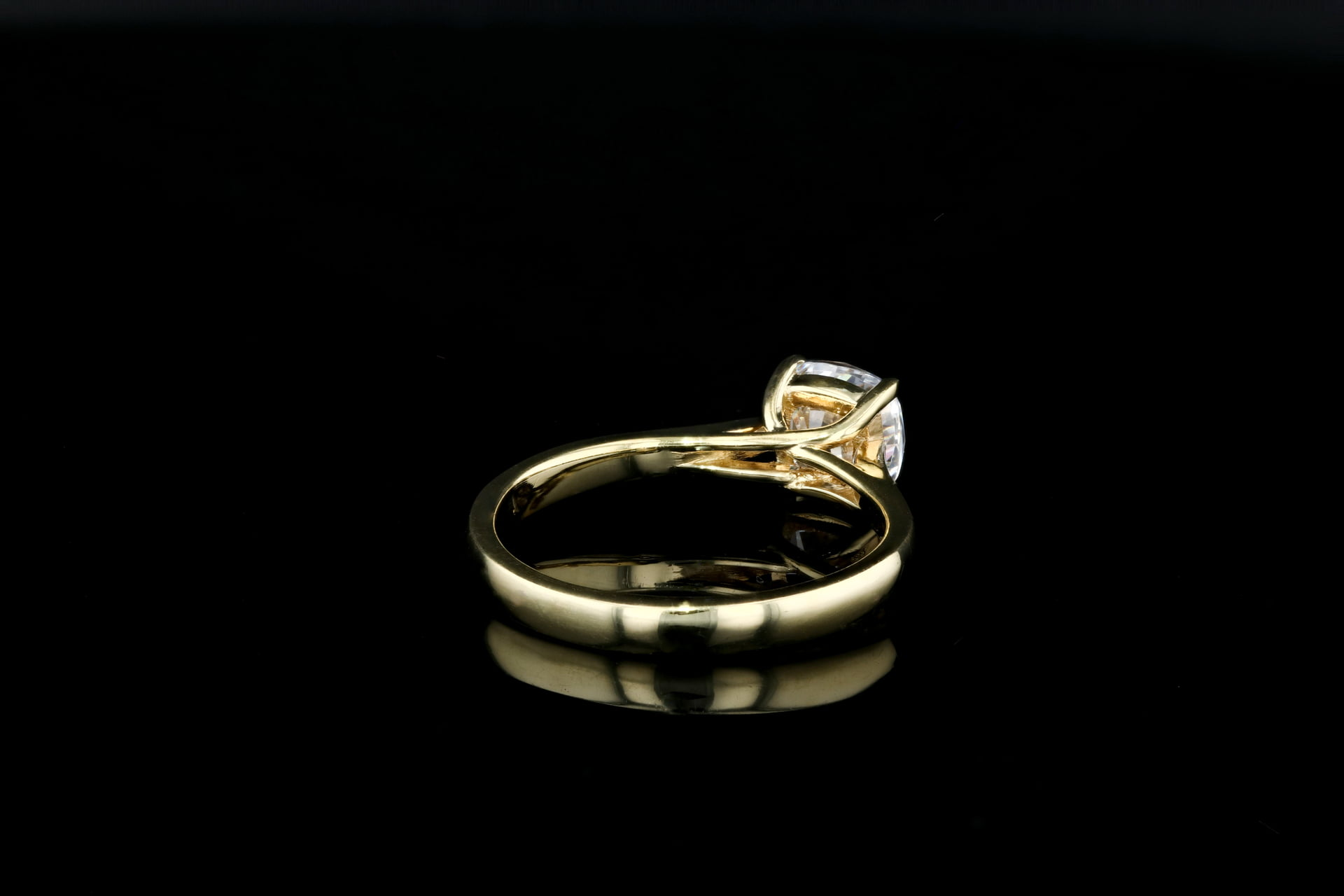 Tapered Solitaire Trellis Prongs Nathan Alan Jewelers