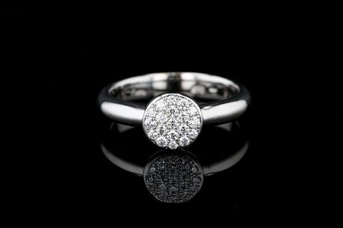 Pave' Diamond Circle Ring