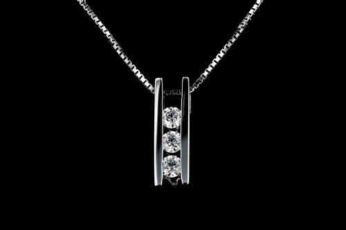 Medium Three Stone Diamond Bar Pendant