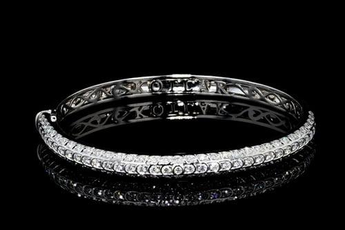 Artisan Pave' Diamond Bangle