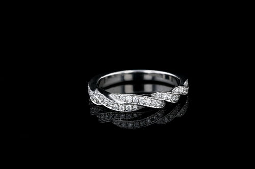 Woven Round Diamond Pave' Set Band